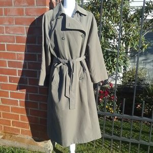 London Fog trench coat zip-out warm lining